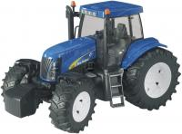 Трактор Bruder New Holland синий 1 шт 46 см T8040