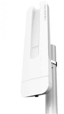 Точка доступа MikroTik OmniTIK 5 802.11aс 5 ГГц 4xLAN USB белый точка доступа mikrotik omnitik 5 poe ac rbomnitik pg 5hacd 802 11aс 5 ггц 5xlan usb poe белый