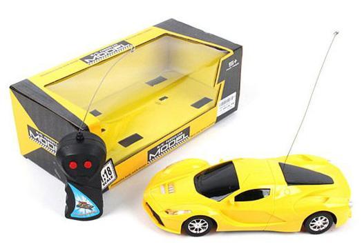 Машинка на радиоуправлении Shantou Gepai 637147 пластик, металл от 3 лет желтый автомобиль balbi автомобиль черный от 5 лет пластик металл rcs 2401 a