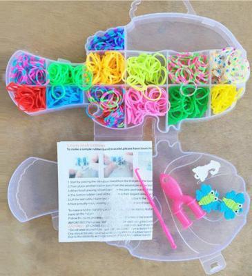 Набор для творчества Shantou Gepai Плетение браслетов, с подвесками 942487 от 8 лет набор для творчества shantou gepai рукодельница сова k04