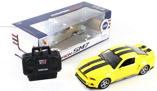 Машинка на радиоуправлении Shantou Gepai Champion SM7 пластик, металл от 3 лет желтый 1:18, 4 канала, свет