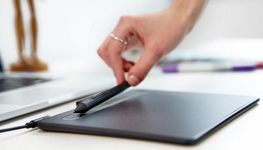Графический планшет Wacom Intuos S черный CTL-4100K-N
