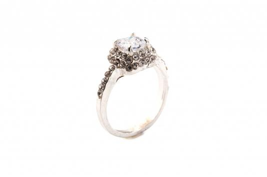 Кольцо «БРИЛЛИАНТОВЫЙ СОБЛАЗН» размер 17 AS 0035 кольцо bradex пилатес