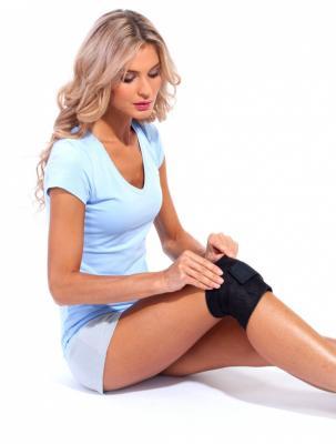 Бандаж под колено с магнитом для снятия напряжения «БИ ЭКТИВ» KZ 0280 цены онлайн