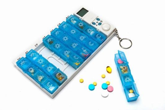 Контейнер для таблеток «НЕДЕЛЬКА» с таймером KZ 0448 таблетница bradex с таймером