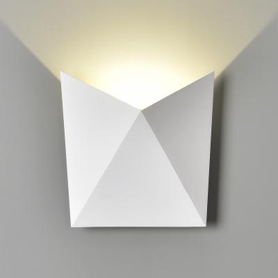 Уличный настенный светодиодный светильник Elektrostandard 1517 Techno Led Batterfly 4690389108884 центральный громкоговоритель monitor audio gold c350 piano white
