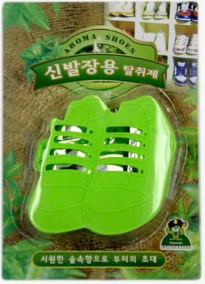 Ароматизатор-поглотитель запаха для обуви Sandokkaebi Лесной 4 г средство против запаха и моли для шкафов sandokkaebi лесной 4 г