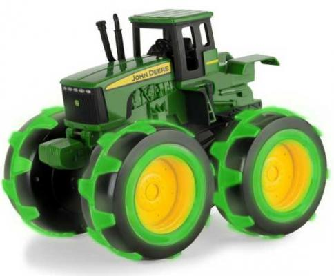 Трактор Tomy John Deere - Monster Treads зеленый Т11311 игрушка tomy john deere mega monster wheels т11312