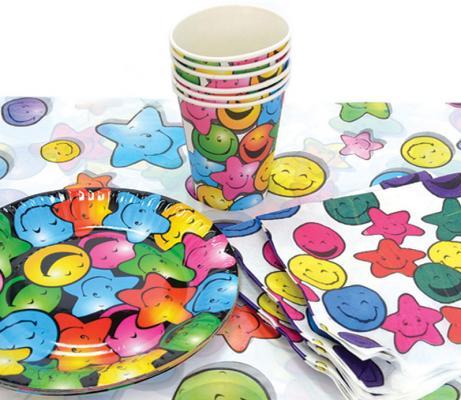 Набор для праздника СМАЙЛИК, в наборе: 6 тарелок, 6 чашек, 6 салфеток, скатерть 130см*180см набор чашек delonghi dlsc300 6 предметов