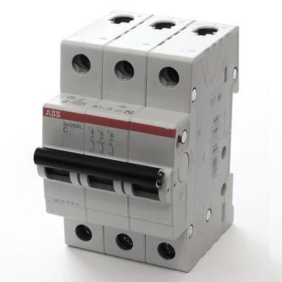 Автомат ABB SH203L C25  3-полюсной