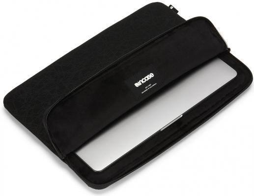 """Чехол-конверт Incase Compact Sleeve in Reflective Mesh для MacBook Pro - Thunderbolt (USB-C) & Retina 13"""". Материал полиэстер, нейлон. Цвет черный. чехол конверт alexander для macbook air pro retina 13"""