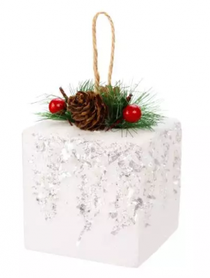 Елочные украшения Новогодняя сказка Подарок 8 см 1 шт дерево, полимер елочные украшения новогодняя сказка мишка голубой 8 5 см 4 шт пластик 97714
