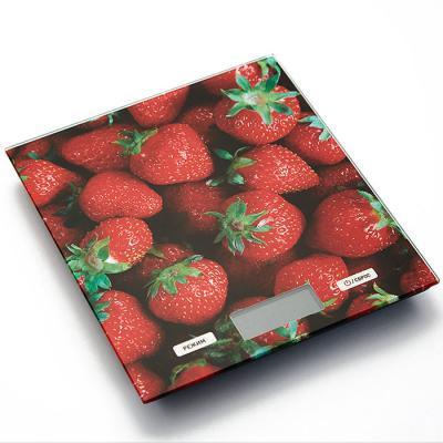 Весы кухонные Василиса ВА-007 Клубника красный рисунок кухонные весы василиса ва 002