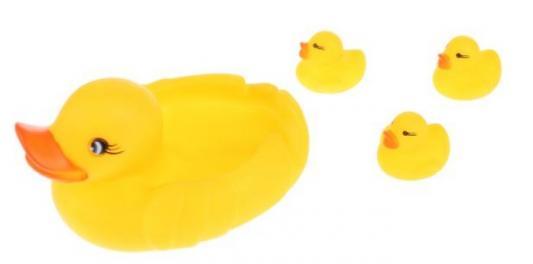 Игрушка для купания для ванны ИГРАЕМ ВМЕСТЕ «Утка-мыльница» игрушки для ванны играем вместе заводная игрушка играем вместе черепашка