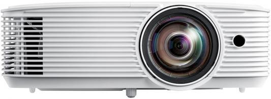 Фото - Проектор Optoma W318STe Full 3D;DLP,WXGA (1280*800),3800 ANSI Lm,22 000:1,Короткофокусный TR 0.521:1;HDMI 1.4a x2+MHL;VGA (YPbPr/RGB)x2;Composite x1;MicINx1; AudioIN;VGA Out;AudioOut;USB-A power 1A;RS232;RJ45x1;10Wx1;26dB;3.0 кг. белый [E1P1A29WE1Z1] проектор nec np4100w линза np07zl white dlp 1280 х 800 16 10 5500 lm 2100 1