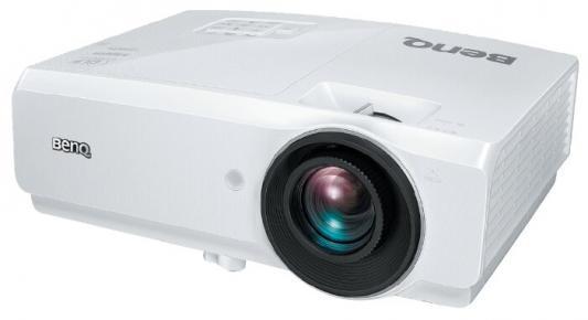 Фото - Проектор Benq SH753+ DLP 5000Lm (1920x1080) 13000:1 ресурс лампы:2500часов 2xHDMI 3.3кг проектор benq mw707 dlp wxga 1280x800 3500lm 13000 1 2xнdmi mhl lan 1x10w speaker 3d ready lamp 15000hrs whi