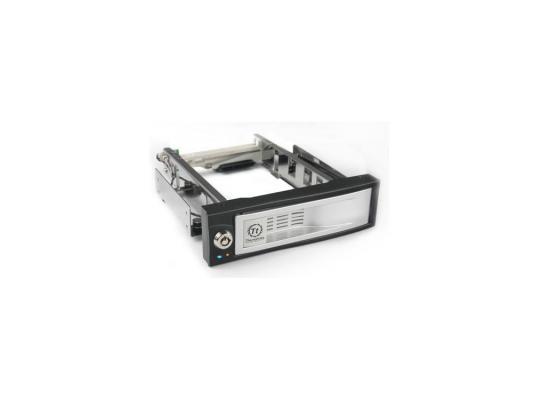 "Сменный бокс Thermaltake Max4 N0023SN switch hotswap 3.5"" SATA HDD SATA to SATA"