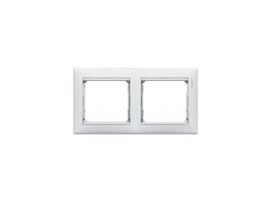 Рамка Legrand Valena двухместная белая 774452  рамка legrand valena четырехместная белая 774454