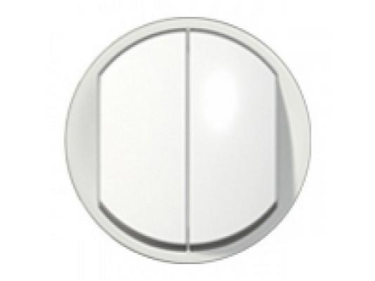 Лицевая панель Legrand Celiane для выключателя двойного с индикацией белый 68004 механизм выключателя двухклавишный simon 15 с индикацией 16а белый