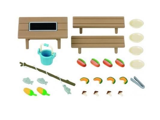Игровой набор SYLVANIAN FAMILIES Отдых на природе 27 предметов