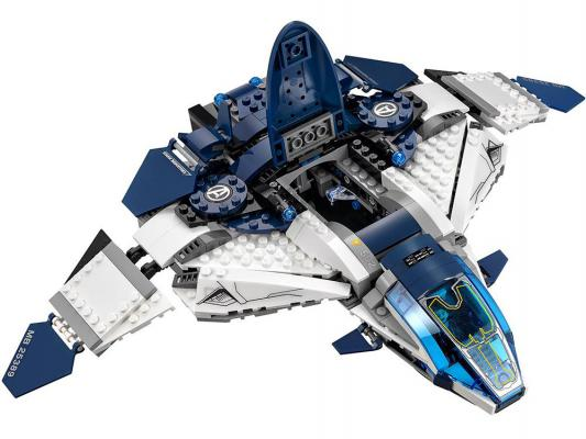 Конструктор Lego Super Heroes Погоня на Квинджете Мстителей 722 элементов 76032