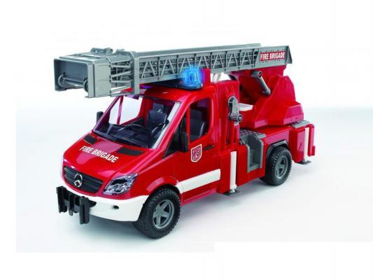 Пожарная машина Bruder Mercedes-Benz Sprinter с лестницей и помпой красный 1 шт 46 см 02-532