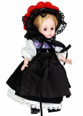Фото Кукла Madam Alexander Девочка из Германии 20 см 64495