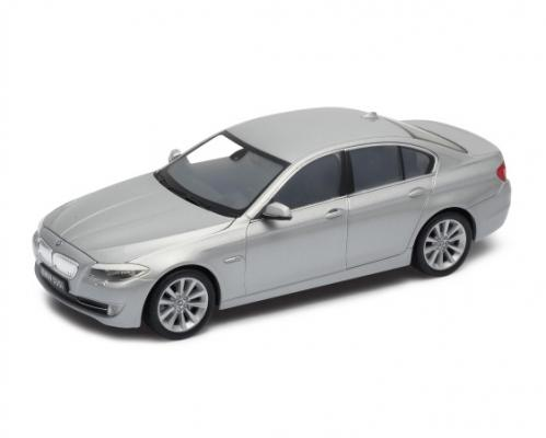 Автомобиль Welly BMW 535I 1:24 серый автомобиль welly audi r8 v10 1 24 белый 24065