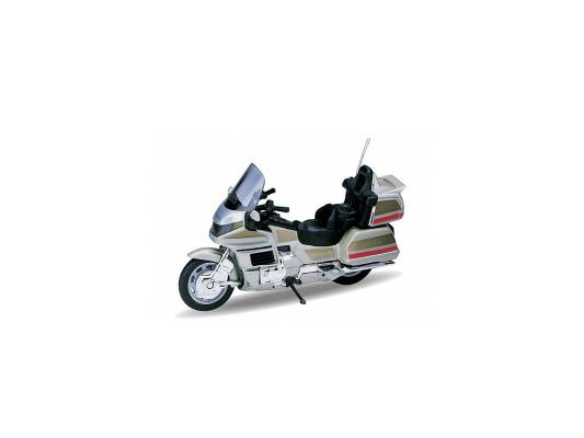 Мотоцикл Welly Honda Gold Wing 1:18 12148P мотоцикл welly honda gold wing 1 18 12148p