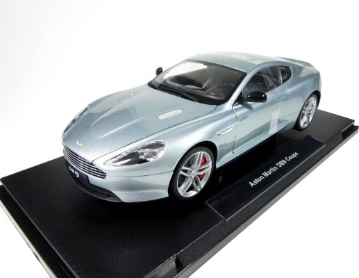 Автомобиль Welly Aston Martin DB9 1:18 серебристый