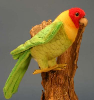 Мягкая игрушка попугай Hansa Каролинский искусственный мех разноцветный 17 см 5135