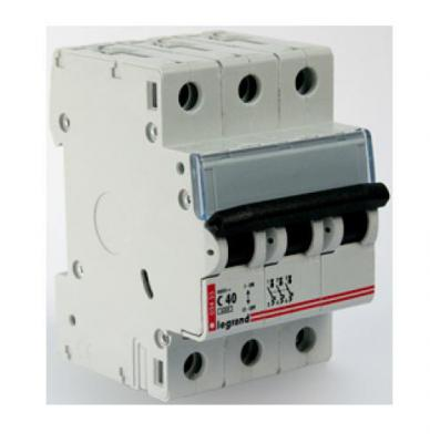 Автоматический выключатель Legrand DX3-E 6000 6кА тип C 3П 25А 407293