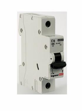 Автоматический выключатель Legrand TX3 6000 тип C 1П 16А 404028 автоматический выключатель legrand tx3 6000 тип c 1п 40а 404032