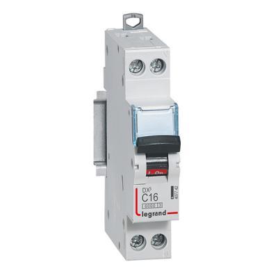 Автоматический выключатель Legrand DX3 6kA/10кА тип C 1п+N 16А 407742