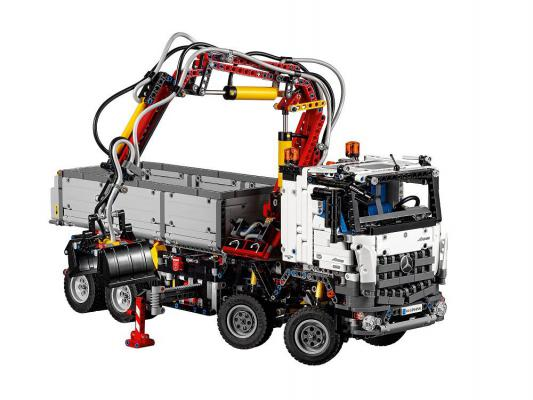 Конструктор Lego Technic Mercedes-Benz Arocs 3245 2793 элемента 42043