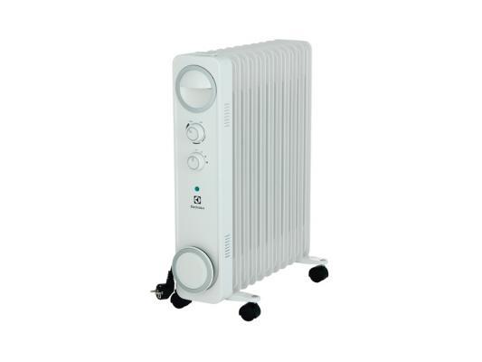 Масляный радиатор Electrolux EOH/M-6221 2200 Вт ручка для переноски белый цена и фото