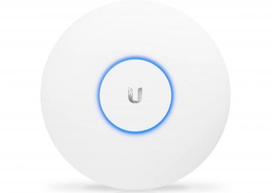 Точка доступа Ubiquiti UniFi AP AC Pro 802.11aс 1300Mbps 2.4 ГГц 5 ГГц 2xLAN RJ-45 белый