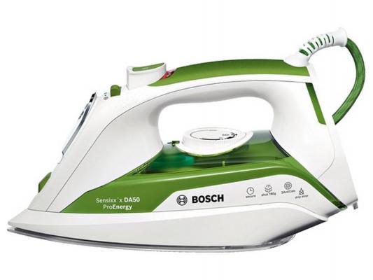 лучшая цена Утюг Bosch TDA 502412E 2400Вт пар.удар 180 г/мин бело-зеленый