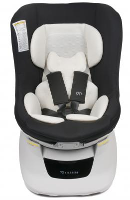 Автокресло Carmate/Ailebebe Kurutto NT2 (черное) carmate saratto highback junior quattro