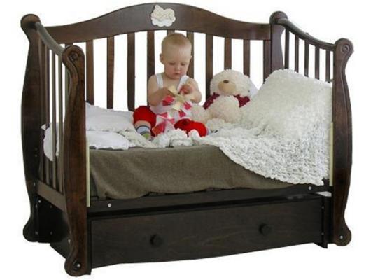 Кроватка с маятником Красная Звезда Юлиана (шоколад/резьба №8/накладка №22)