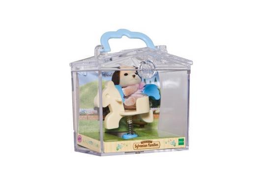 Игровой набор Sylvanian Families Младенец в пластиковом сундучке. Собачка на лошадке от 3 лет 2 предмета 3340