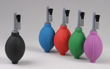 Груша воздушная Matin для очистки фотокамер от пыли со щеткой, силиконовая, двухклапанная, зеленая, HURRICANE+BRUSH (SILICONE)   GREEN от 123.ru