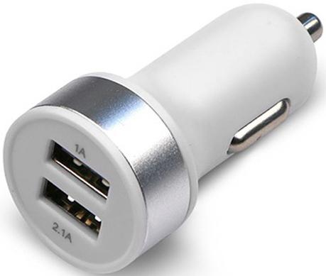Автомобильное зарядное устройство Jet.A UC-S16 2х USB 2.1A белый