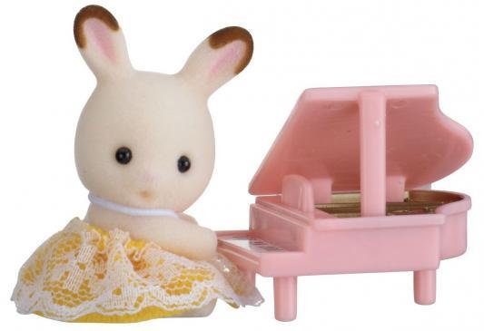 Игровой набор SYLVANIAN FAMILIES Кролик и рояль 2 предмета 2210
