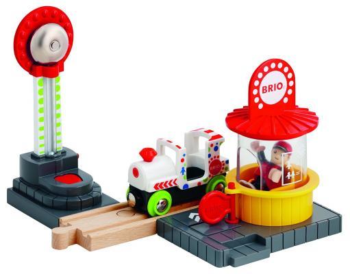 Игровой набор Brio Парк Аттракционов 33740 brio brio игровой набор парк развлечений 7 элементов