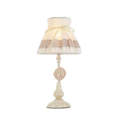 Настольная лампа Maytoni Bunny ARM555-11-W настольная лампа декоративная maytoni luciano arm587 11 r