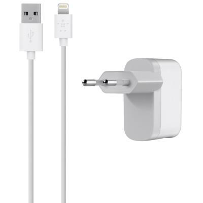 цена на Сетевое зарядное устройство Belkin F8J100vf04-WHT USB 8-pin Lightning 2.1A белый