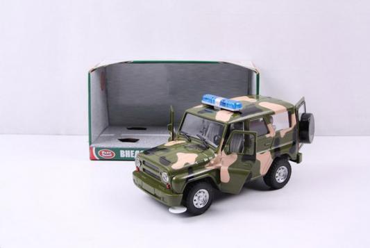 Интерактивная игрушка Play Smart УАЗ Hunter хаки от 3 лет хаки свет, звук интерактивная игрушка play smart газ тигр военный р41119 от 3 лет хаки