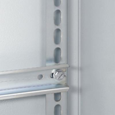 Стойка для шкафа Legrand 700мм 36154