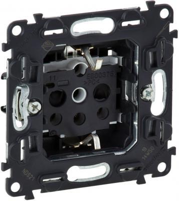 Розетка Legrand In'Matic 2К+З с защитными шторками 753029  цена и фото